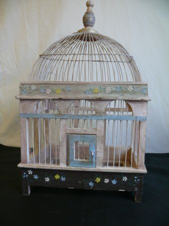 Shabby Chic Decorative Bird Wooden Birdhouse -  #home_design #home_decor #home_ideas #kitchen #bedroom #living_room #bathroom - http://myshabbyhomes.com/shabby-chic-decorative-bird-wooden-birdhouse/