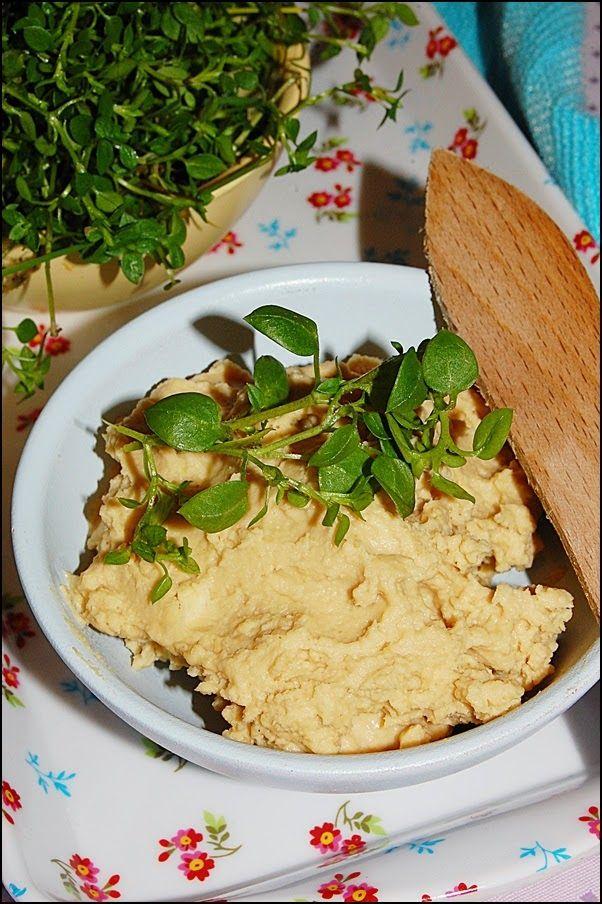W garze mieszane: Hummus - ideał nie tylko na śniadanie