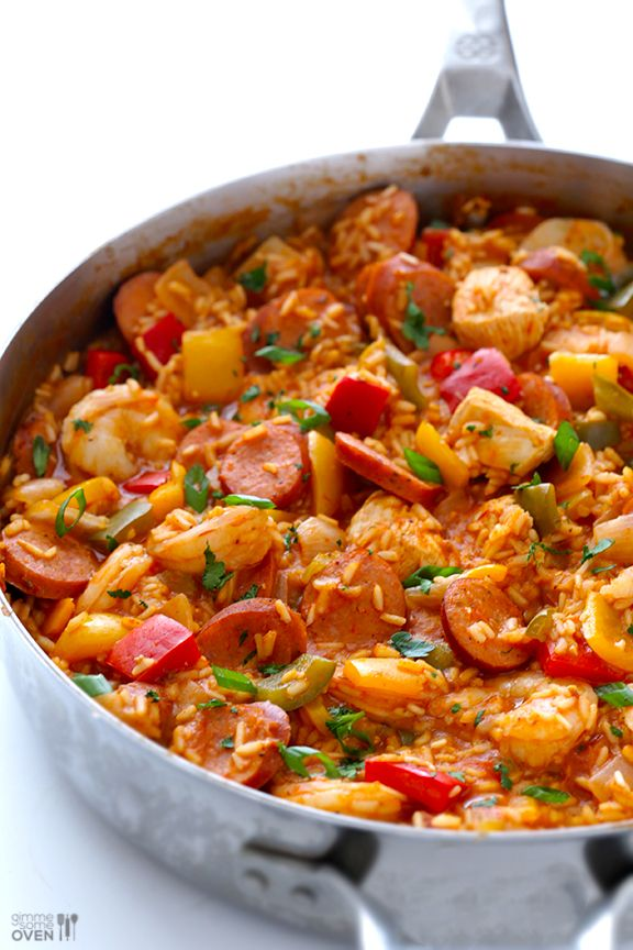 Shrimp and Sausage filled Jambalaya makes for a #hearty #dinner!