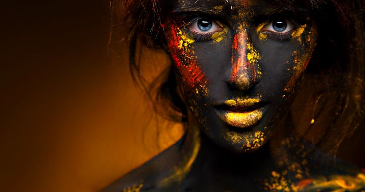 40 Freaky, Fancy, and Fun Face Painted Portraits