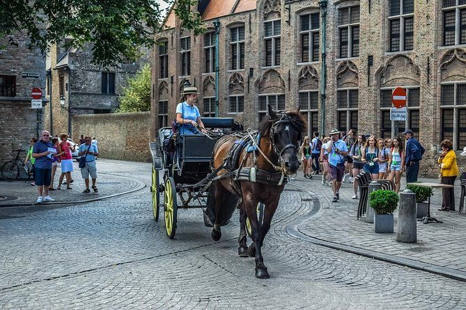Tour Privado A Brujas Desde Amsterdam Incl Entradas Al Museo Del Chocolate Day Trips From Amsterdam Bruges Day Trip