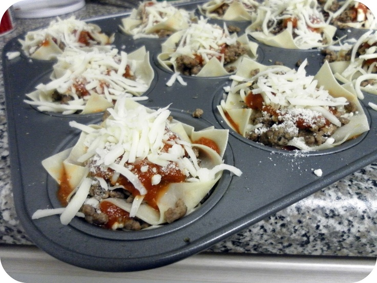 Lasagne Cup Cakes - Love this idea for party food