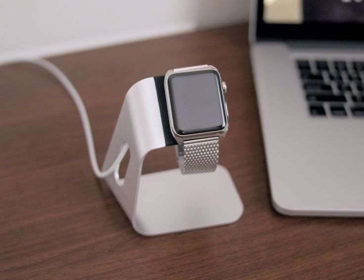 Customize your Apple Watch with some luxurious accessories!