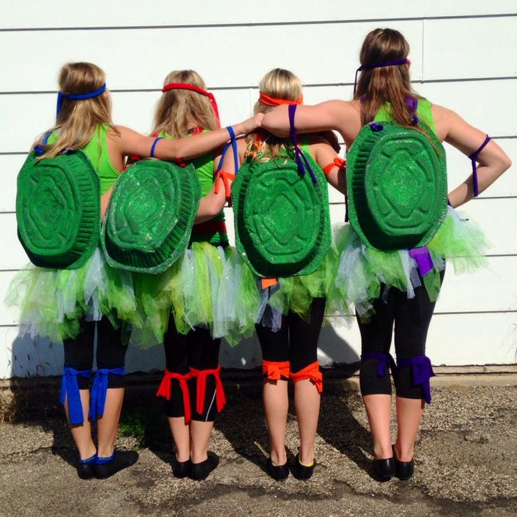 Teenage Mutant Ninja Turtles Super Hero Day costumes.