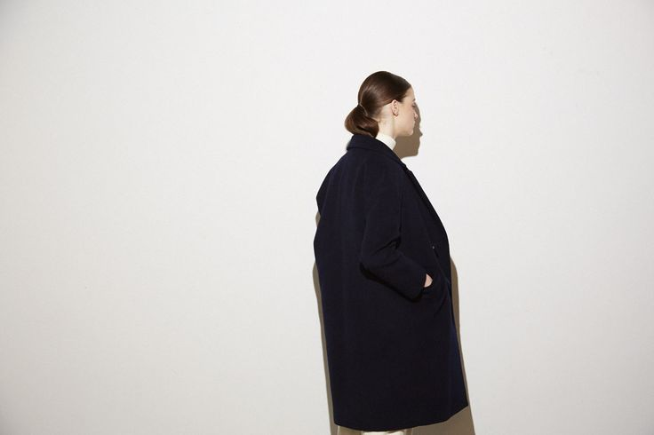 coat No,1305-13-1226 45,000yen(cassimina) knit No,104-07-1205 9,000yen(jilky)