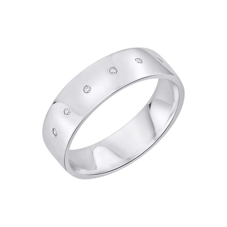 Snubní prsten. 6 Diamantů, briliantový výbrus, váha 0,03 ct., barva H, čistota SI2. Bílé Zlato 0,585. Výška 6 mm. Tloušťka 1,2 mm. 14 943 Kč