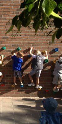 ecoles enfantines http://www.speelplaatsmeubel.be/producten_sub.aspx?MAGUID=de2582a9-c546-46d5-b2f6-e5a7d5456e09