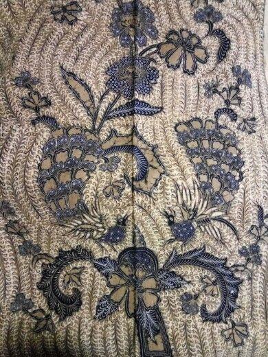 Batik sogan buketan merak ganggeng year 1950.