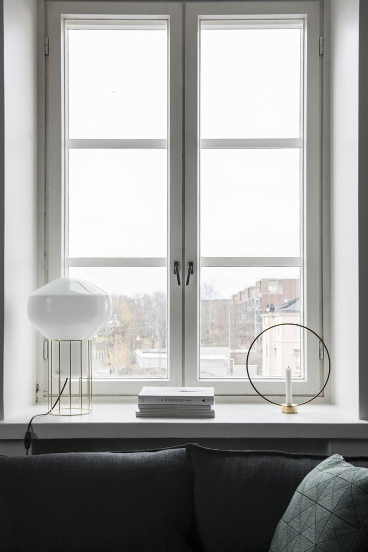 Buy online Aérostat | table lamp By fabbian, blown glass table lamp design Guillaume Delvigne, aérostat Collection