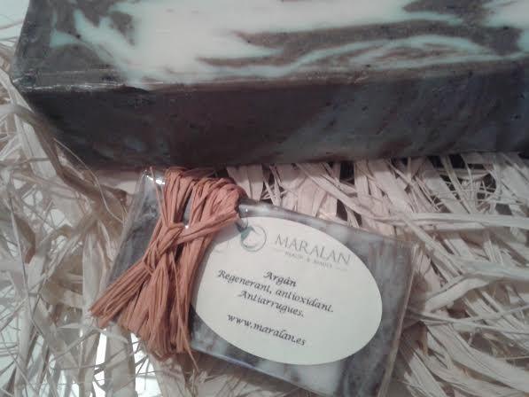 Jabón artesano y natural 100% Argán Regenerante, antioxidante, antiarrugas. www.maralan.es