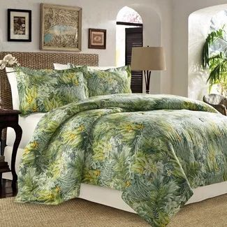 Tropical Bedding Sets! Discover the best tropical themed bedding sets, comforters, tropical quilts, duvet covers, and more.