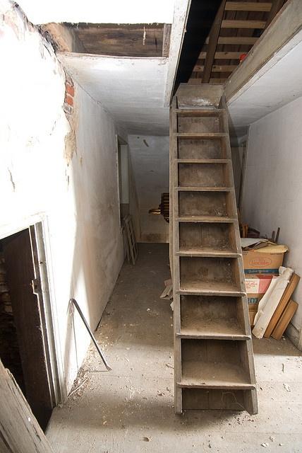 2008jek1110528 Attic Bedroom Closets Attic Remodel
