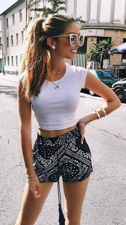 summer outfits  White Crop  + Black Printed Short