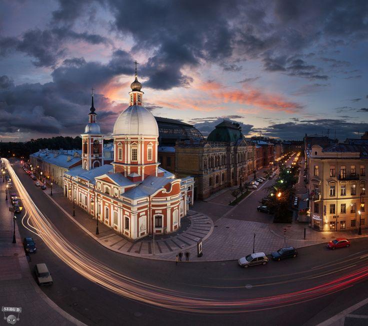 Пантелеймоновская церковь, улица Пестеля, Соляной переулок, крыши, закат, город