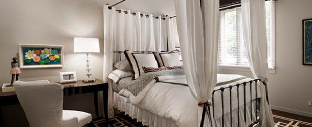 20 Beautiful Bedrooms in White Bed Skirts via @homedesignlover