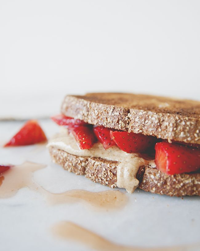 SEA SALT HONEY ALMOND BUTTER AND MACERATED BERRIES: A TWIST ON PB+J