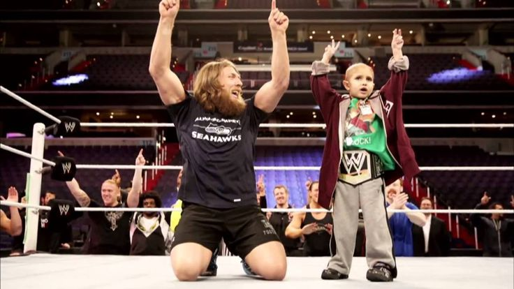 WWE Honor's Connor 'The Crusher' Michaleks such a inspirational little boy brought a tear to my eyes really makes u stop and think R.I,P, Conner