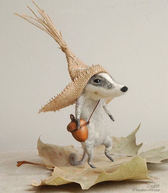 Felted badger, cute badger, needle felt, peasant badger, felted animal, cute character, felt ornament, soft sculpture, tender mouse