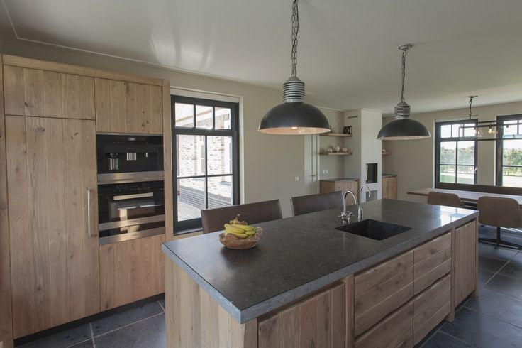 Thijs van de Wouw Keukens - Houten keuken in stijl