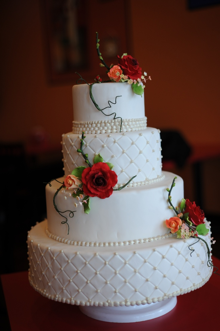 Quilt Design Wedding Cake : 8 best images about Valentines Day Wedding Cakes by The ...