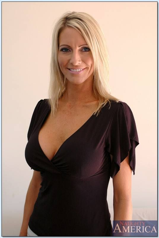Mature blond milf tubes-7580