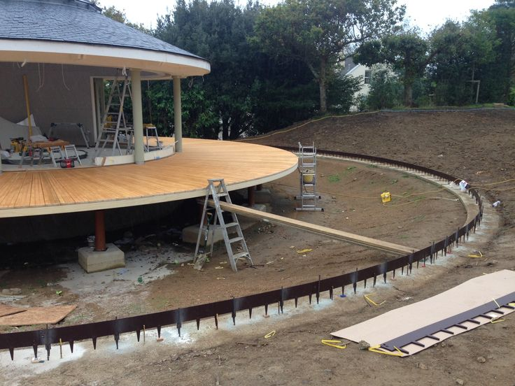 ProEdge is flexible and can be shaped to any curve or bend. This project in Guernsey required a large circular edge around the bandstand as seen. In total around 300m of ProEdge was used to surround the decking. Once installed, the steel edging strips exposed are refined in appearance.