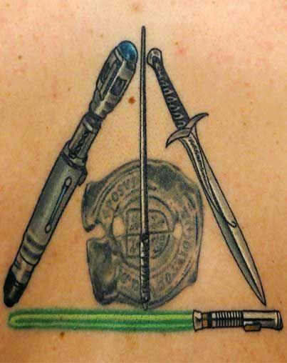 Entzückende Aussenseiter-Tätowierungen | Rebel Circus   – Tattoo – #Aussenseit…