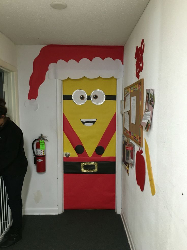 Minion Christmas Door Decoration Christmas Pinterest