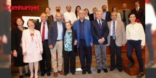 Halit Çelenk 2017 Hukuk Ödülleri verildi: Halit Çelenk anısına verilen 2017 Hukuk Ödül Töreni 6. ölüm yıldönümü olan 5 Mayıs Cuma günü saat 19.00'da Ankara'da Türkiye Barolar Birliği Av. Özdemir Özok Kongre ve Kültür Merkezi'nde düzenlenen törenle verildi.