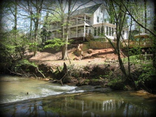 17 best images about georgia house and cabin rentals on for Falls lake cabin rentals