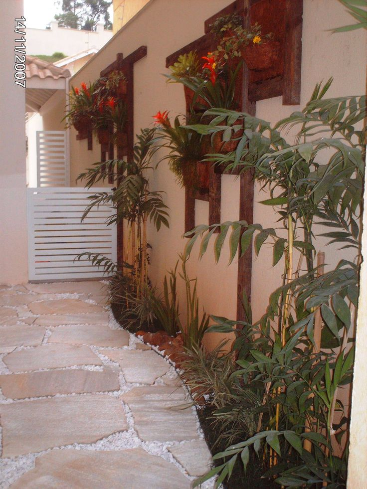 1000+ images about Jardim vertical on Pinterest Ceramics ...