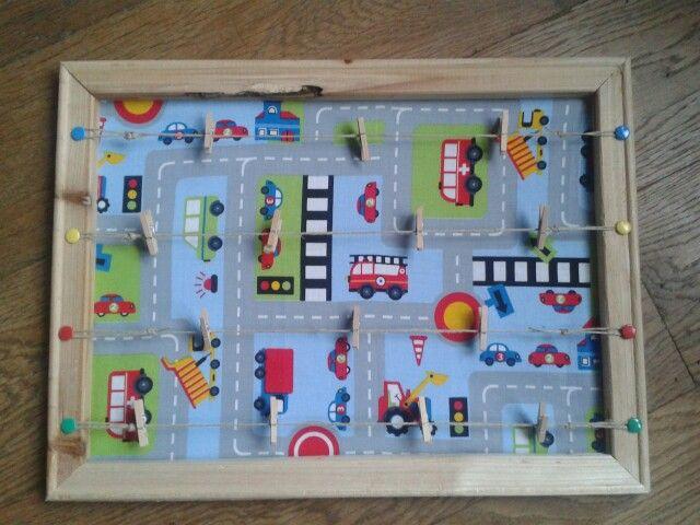 memo/kaarten/foto bord met knijpertjes voor de kleine man ;)