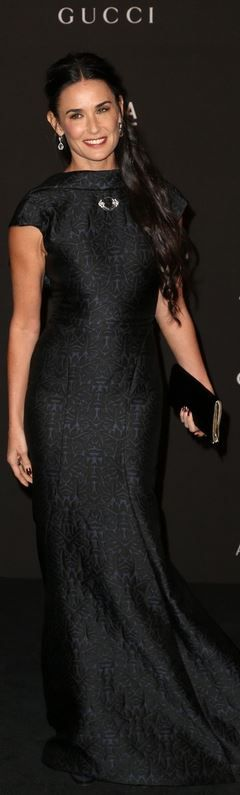 Who made Demi Moore's jewelry and blue gown that she wore in Los Angeles on November 1, 2014
