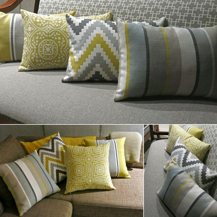 Poduszki, salon, ROMO, tkanina Cubis. Marokańskie wzornictwo, wzór, pasy, klasyczne, bawełna szczotkowana, kolor musztarda, szary, beż, grafit, symetryczne wzory. Dekorujemy wnętrza tkaninami. Szyjemy na miarę, poduszki, zasłony, rolety rzymskie, narzuty, pościele, pokrowce.  Dekoracje okienne, dekoracje tekstylne, żaluzje, tkaniny, obicia, tapicer, styleathomepl.