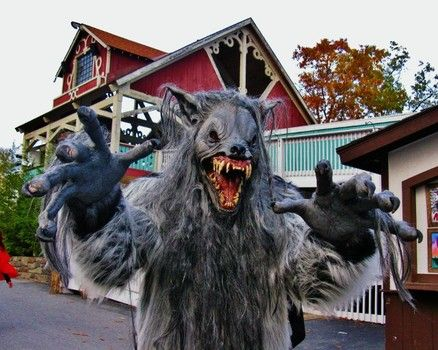 what days are fright fest six flags