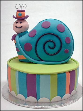 www.facebook.com/cakecoachonline - sharing...snail_on_stripes by hangulatmontazs, via Flickr
