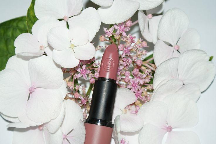 Essence Cool Nude Lipstick ♥