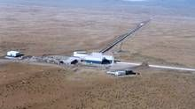 Will an announcement be made about the detectino of gravity waves?  LIGO Hanford Observatory, in southeastern Washington. team members are keeping mum, but with senior scientists flying in to appear at a news briefing in Washington, no one is expecting a negative result. (LIGO Scientific Collaboration)