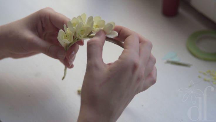 Мастер-класс: ободок с цветками подснежника