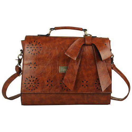 Back to School Outfits - Vintage messenger bag $34.99 #teens #fashion