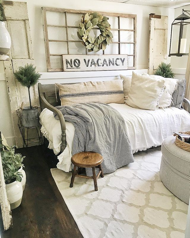 Pin for Later: Designers to Follow on Instagram If You Love Joanna Gaines Liz Marie, @lizmariegalvan Do you love Joanna Gaines's distressed white furniture look? Then you'll love North Carolina-based blogger Liz Marie.