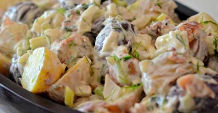 Recette de salade de pommes de terre avec bacon et ciboulette