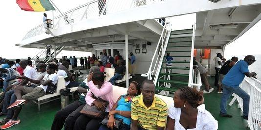 Dakar: les jeunes sénégalais attendent un autre discours de Hollande
