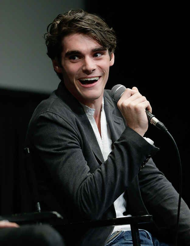 For Everyone Who Is Physically Attracted To Walt Jr.