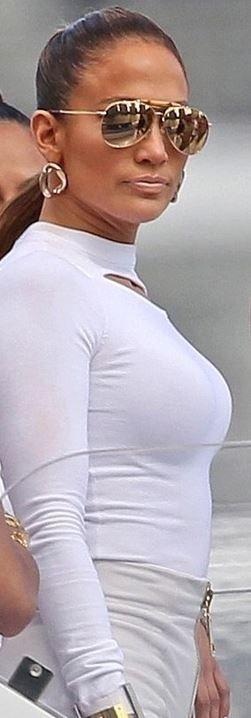 Jennifer Lopez: Sunglasses – Gucci  Shoes – Giuseppe Zanotti