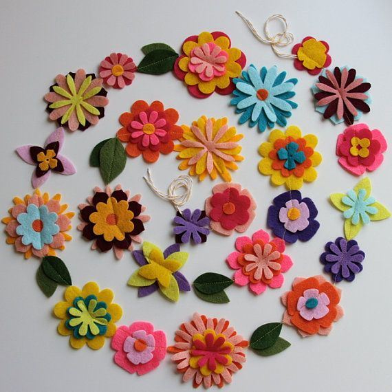 Rapunzel party - felt flower garland, space out the flowers more. Make for party and use to decorate the playroom.