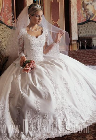 long sleeved white wedding gowns