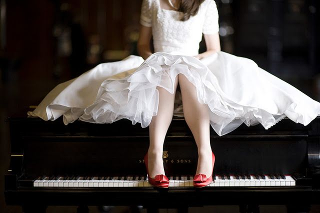 Senior pictures for girls who play piano.