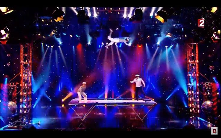 Trampolinists for professional show entertainment