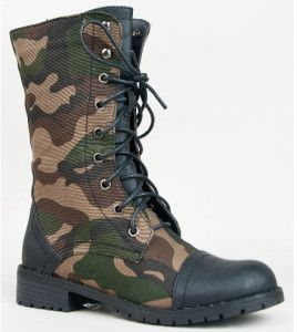 Best Military Boots for Men and Women